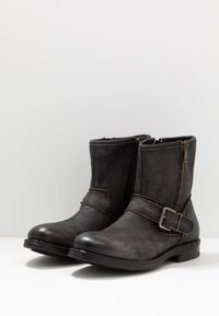 Replay - BEDFORD - Cowboy/biker ankle boot - stone - 6