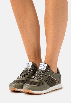 ONLSAHEL - Sneakers laag - khaki
