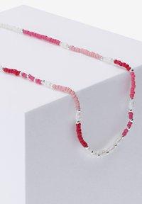 Six - Necklace - rosafarben - 1