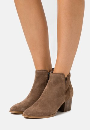 PAYGE - Ankle boots - taupe