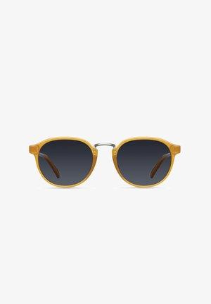 KENYA - Sunglasses - amber carbon