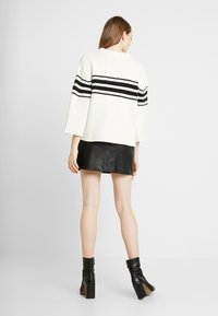 Vila - Jumper - whisper white/black - 2