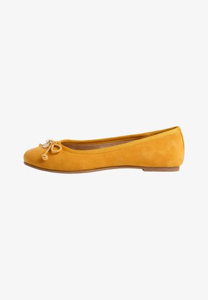 Ballet pumps - yellow