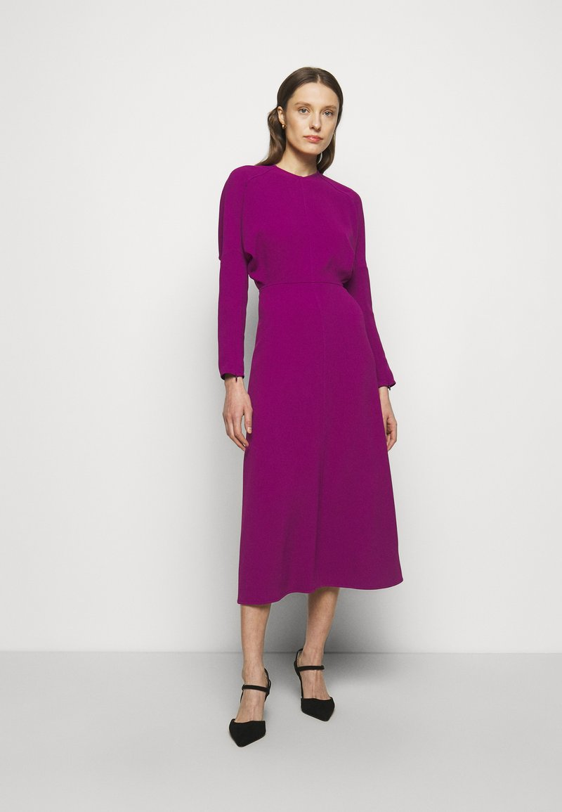 Victoria Beckham - LONG SLEEVE DOLMAN MIDI - Cocktailkjole - orchid
