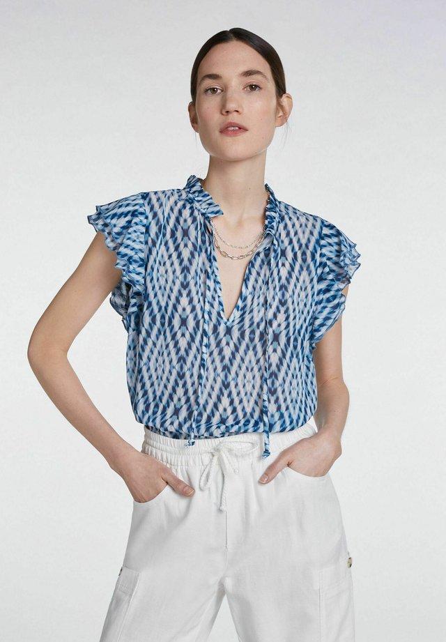 Blouse - white blue