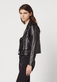 sandro - SIOUXIE - Leather jacket - noir - 1
