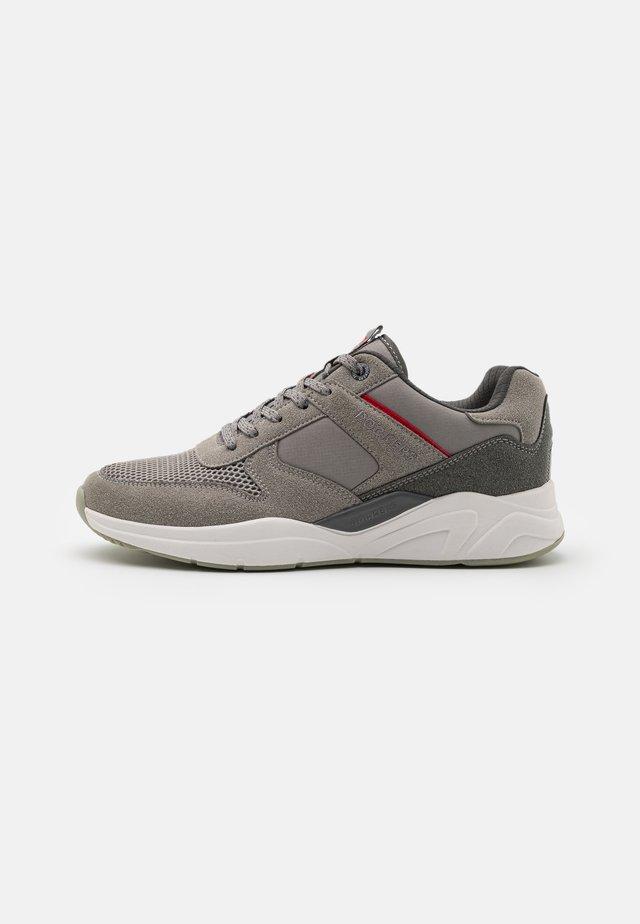 HAMBURG - Sneakers laag - grau