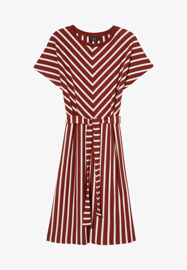 Sukienka letnia - red / cremewhite