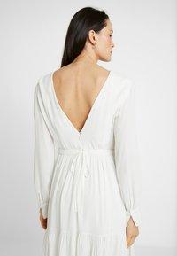 IVY & OAK Maternity - BRIDAL MATERNITY DRESS - Vestito estivo - snow white - 3