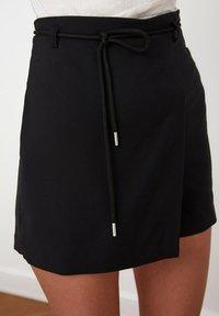 Trendyol - Shorts - black - 5