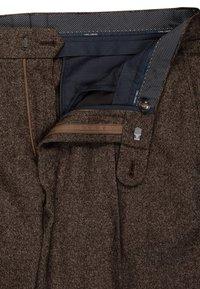 Carl Gross - CG SHIVER - Suit trousers - dunkelbraun - 2