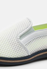 Lloyd - GENTILE - Nazouvací boty - white - 5