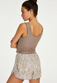 Hunkemöller - SCALLOP PAISLEY - Pantaloni del pigiama - white - 1