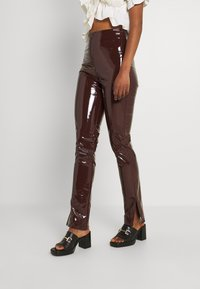 Nly by Nelly - SLIM  PANT - Trousers - brown - 0