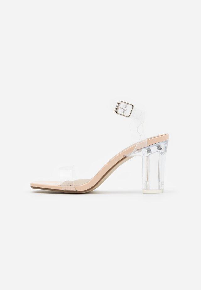MID CLEAR HEEL BLOCK - High heeled sandals - nude