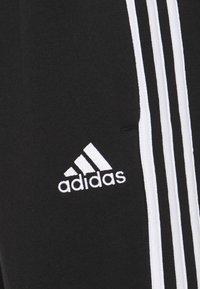 adidas Performance - 3 STRIPES  ESSENTIALS - Träningsbyxor - black/white - 5