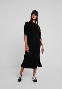 Le Temps Des Cerises - Maxi dress - black - 2