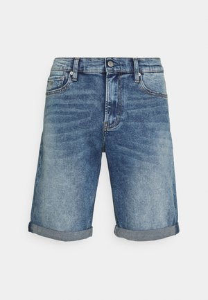 SLIM SHORT - Jeans Shorts - denim light