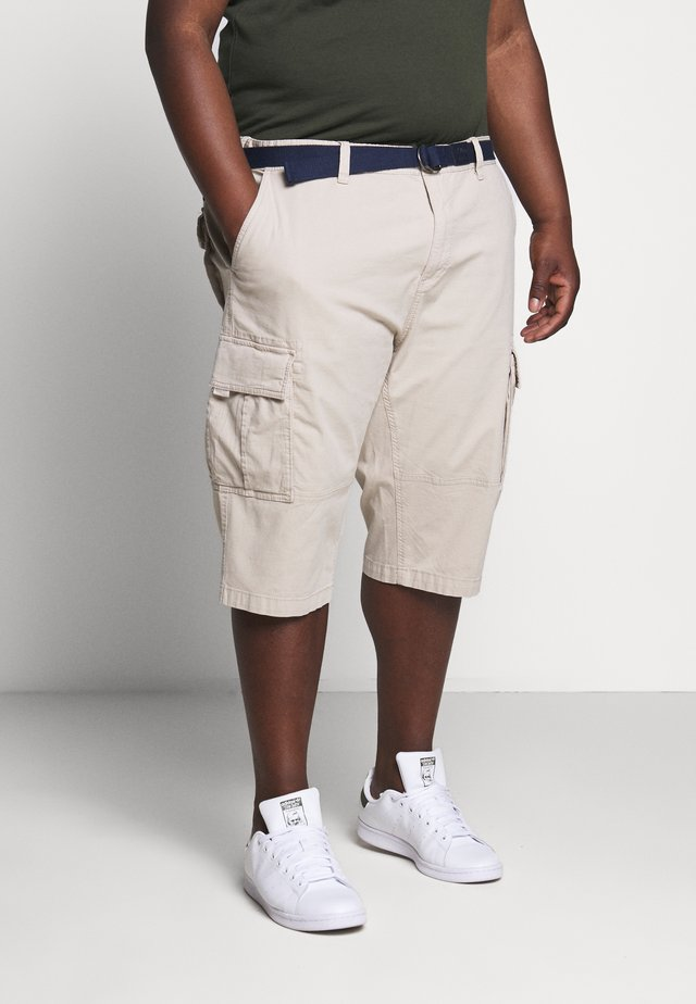 BERMUDA BELT 3/4 BIG - Shorts - brown