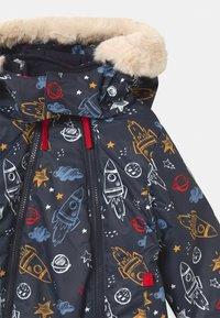 CMP - DETACHABLE HOOD - Snowsuit - blue/azzurro/nugget/red - 4