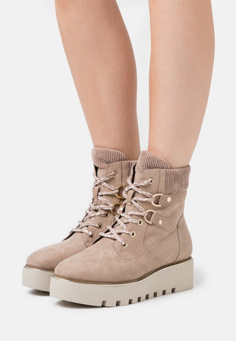 Tamaris - BOOTS - Wedge Ankle Boots - taupe