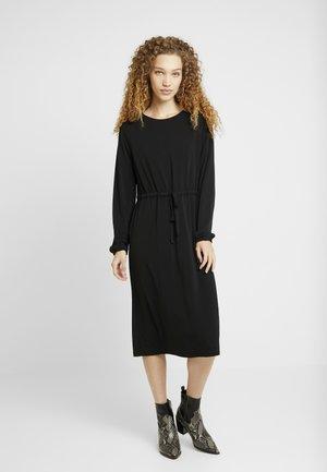 VITELMA DRESS - Žerzejové šaty - black