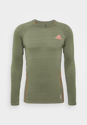 RUNNER - Sports shirt - olive