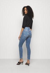 Agolde - Jeans Skinny Fit - amped light indigo - 2