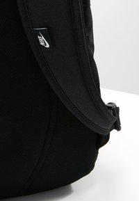 Nike Sportswear - ALL ACCESS SOLEDAY SOLID - Rucksack - black - 8