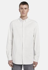 TOM TAILOR DENIM - MIT BRUSTTASCHE - Shirt - washed white - 0
