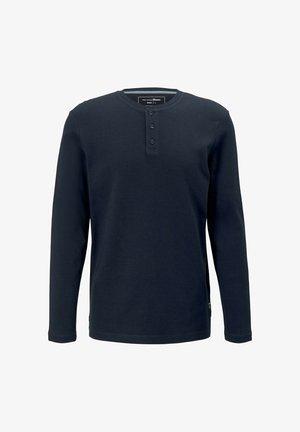 Long sleeved top - sky captain blue