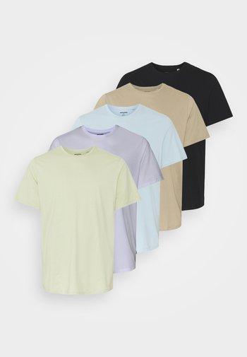 JJEORGANIC BASIC TEE O NECK 5 PACK - T-shirt - bas - celadon green