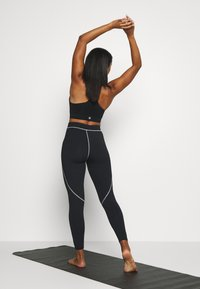 HIIT - VICTORIA SCULPTED LEGGING - Medias - black - 2