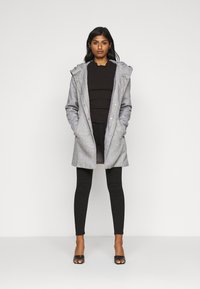 Vero Moda Petite - VMVERODONA JACKET - Classic coat - light grey - 1