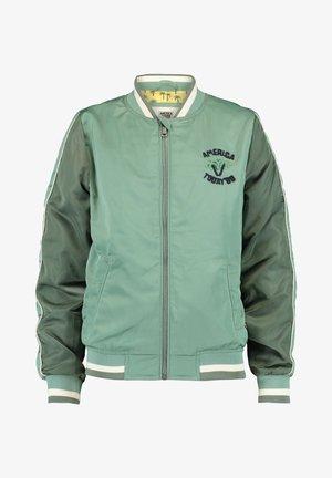 JUUL JR - Light jacket - sage