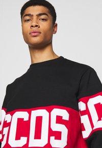 GCDS - BAND LOGO CREWNECK - Sweatshirt - black - 3