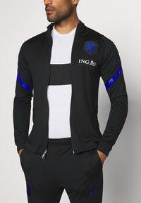 Nike Performance - NIEDERLANDE DRY SUIT - Koszulka reprezentacji - black/bright blue - 6