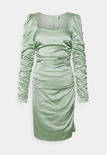 BODYCON DRESS - Vapaa-ajan mekko - pistachio