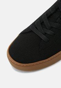 GREATS - ROYALE - Tenisky - black/gum - 6