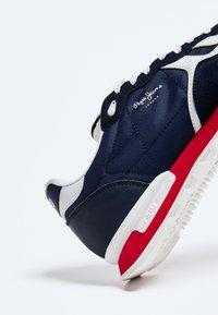Pepe Jeans - BRITT - Baskets basses - azul marino - 4