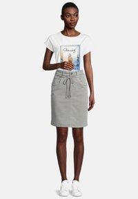 Cartoon - Pencil skirt - dusty pine - 1