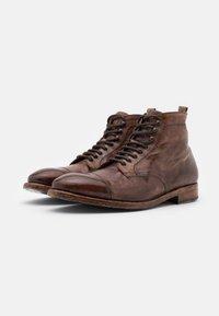 Cordwainer - Šněrovací kotníkové boty - todi washed cognac - 1