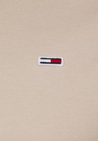 Tommy Jeans - CLASSICS SOLID  - Poloshirt - beige - 2