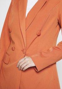 Glamorous - DOUBLE BREASTED JACKET - Blazer - rust - 5