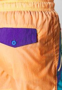 Columbia - RIPTIDE™ SHORT - Pantalones montañeros cortos - brigt nectar - 4