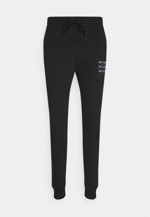 SCRIPT PRINT JOGGER - Pantaloni sportivi - black