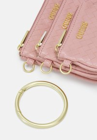 Guess - EMELYN MULTI POUCH 3 PACK SET - Wash bag - rose multi - 3