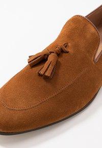 Office - MANTA LOAFER - Scarpe senza lacci - tan - 5