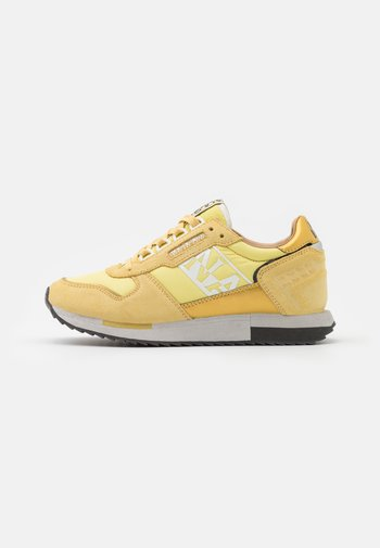 VICKY - Trainers - freesia yellow