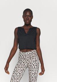 Cotton On Body - V-NECK TANK  - Topper - black - 0